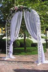 Свадебные кованые арки,  столики,  лавочки,  качели,  декоративная утварь